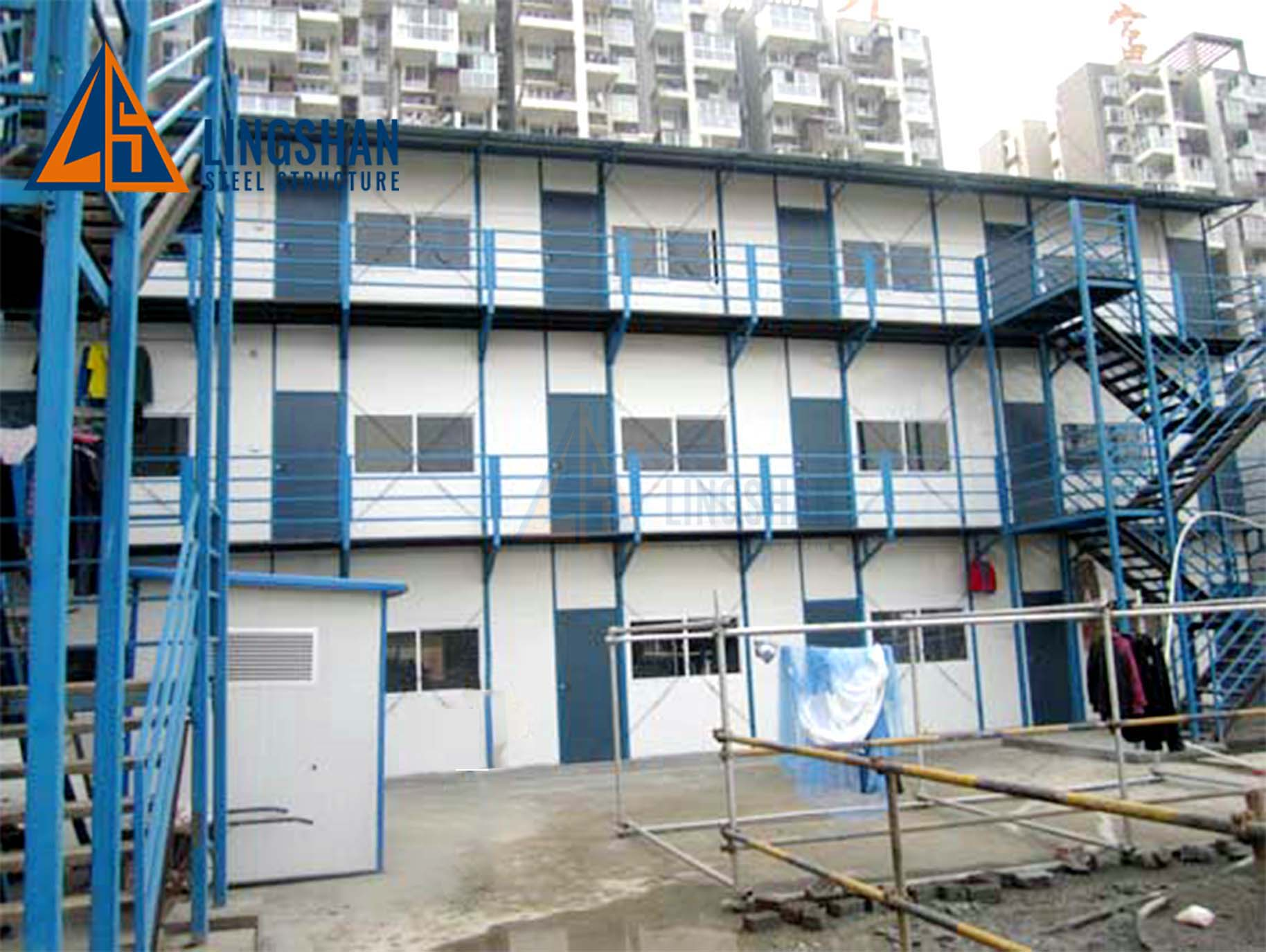Three storeys prefab workers labout camp house